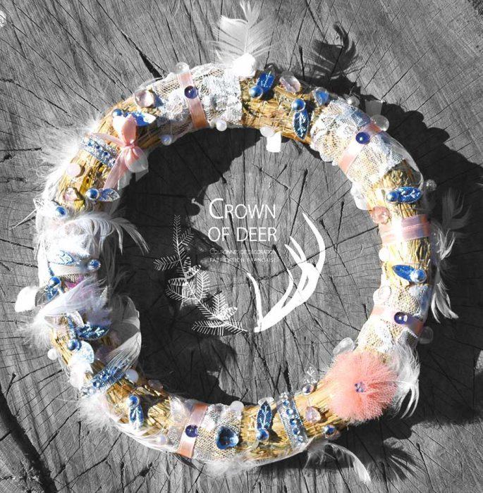 crownofdeer-decoration-couronne-porte-fillette
