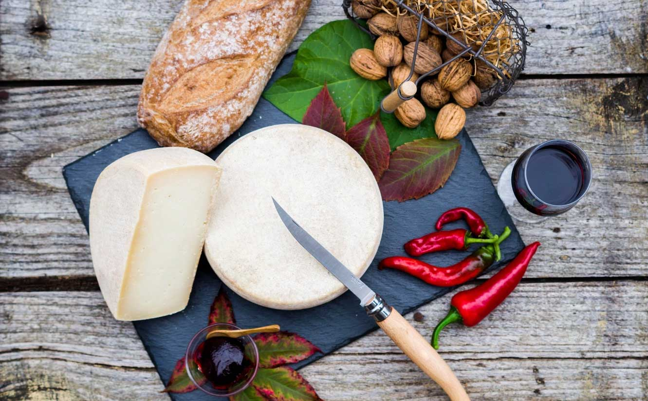 photographe-paysbasque-florian-raynau-fromagedebrebis-ossauirraty-ossau iraty-fromage
